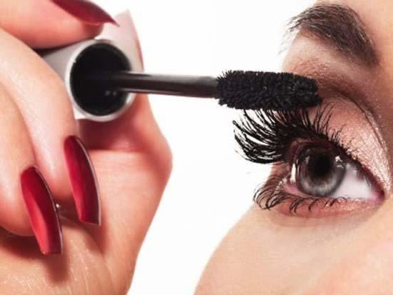 макияж глаз будет радовать вас