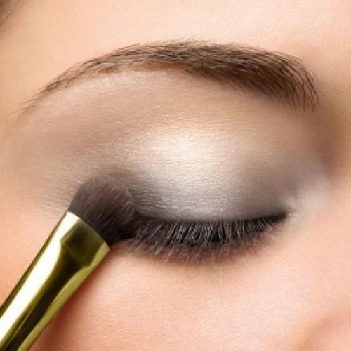 Нечеткость линий при макияже