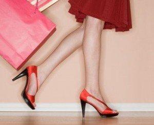 идеальные ножки с помощью одежды и косметики.
