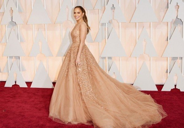 Лучшие наряды Оскара
