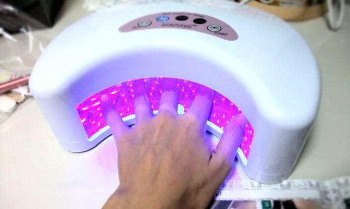 УФ лампы для сушки ногтей