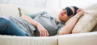 Медики объяснили, чем полезен дневной сон