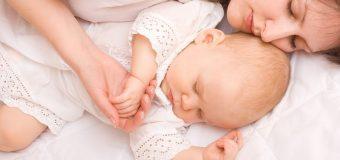 Врачи запретили родителям практиковать совместный сон с детьми