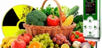 Эти способы помогут удалить опасные пестициды с фруктов и овощей