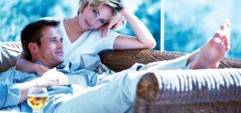Подстраиваться под мужчину или нет: как женщина влияет на успех любимого человека
