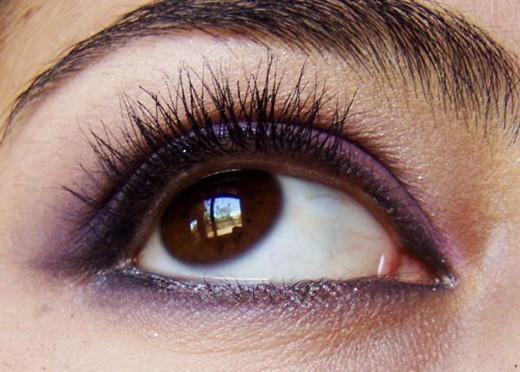 красим глаза карандашом